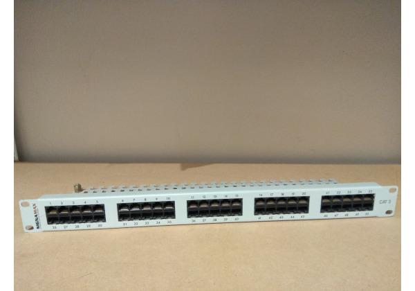 Patch panel Signamax CAT3, 50 portov, biely